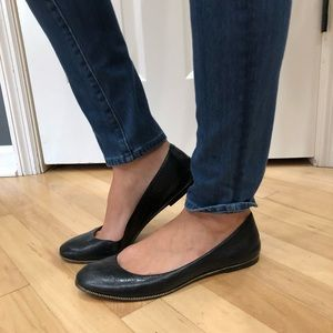 Michael Kors Black zipper flats